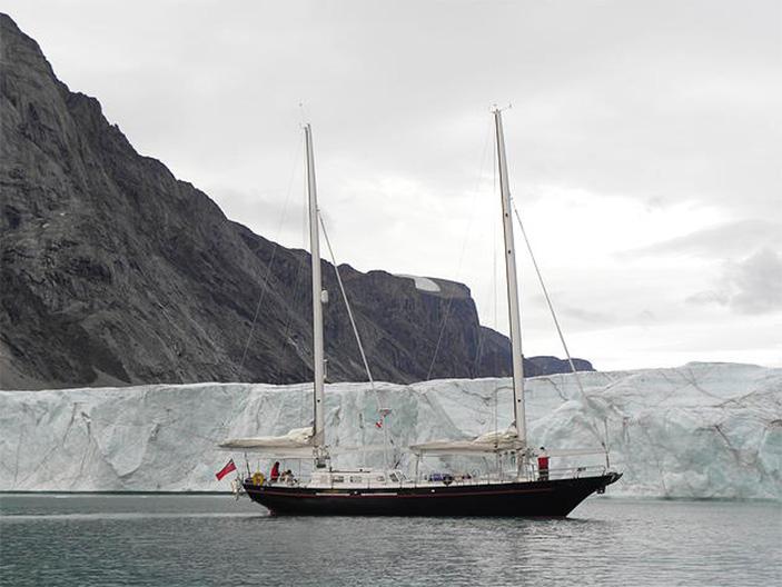 Novara, Exploring the Alaskan Coastline