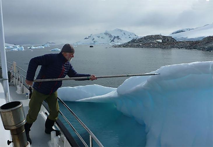 Novara, Pushing Off of an Iceberg