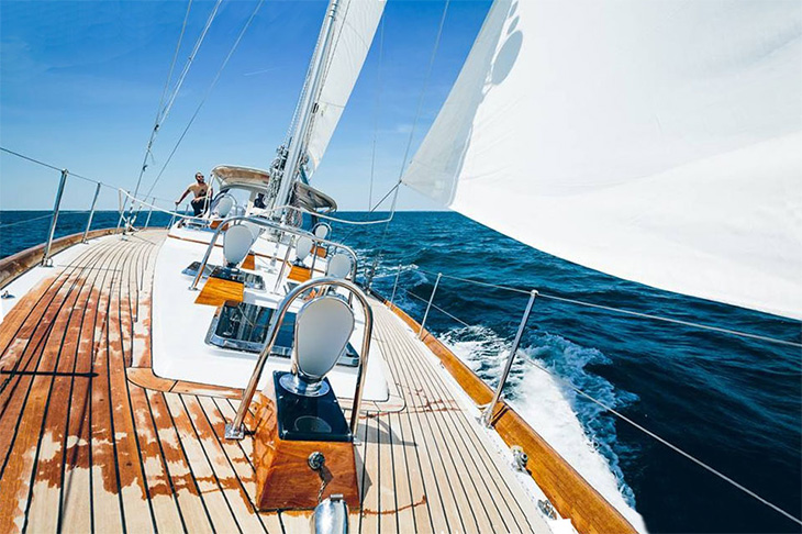 Robin Hood, Little Harbor 53, Sailing off Martha's Vineyard