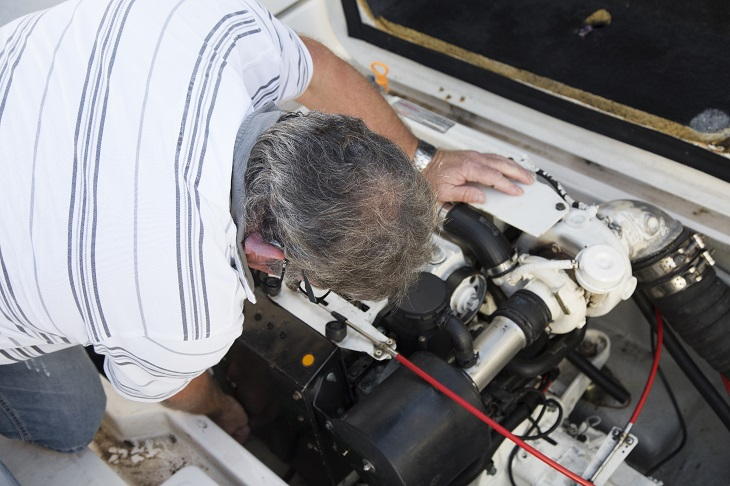 Commissioning Yacht, Engine Inspection